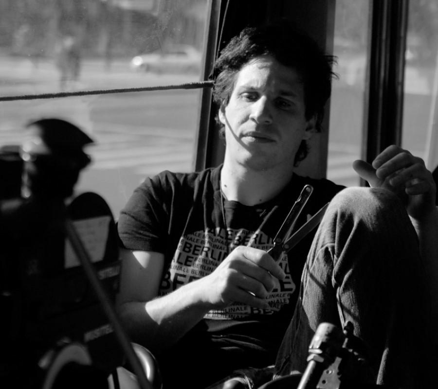 Arauco Hernández en el rodaje de 'La vida útil', fotografía de Karin Porley